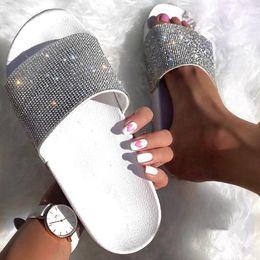 $enCountryForm.capitalKeyWord Australia - Rhinestone Women Slippers Flip Flops Summer Slides Women Shoes Crystal Diamond Bling Beach Slides Sandals Casual Shoes Slip