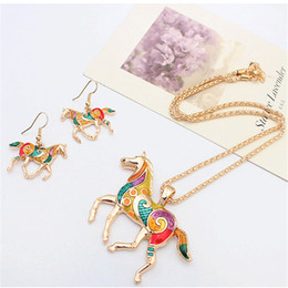Oil paint set hOrses online shopping - Creative Fashion Rainbow Horse Jewelry Set Personalized Oil Painting Animal Necklace Earring Set Designer Retro Women Jewellery Gift