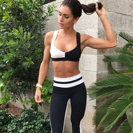 Top Yoga Pants Australia - Women Yoga Sets Gym Clothes Fitness Running Tracksuit Sports Bra Sport Leggings Yoga Pants Top 2 Piece Set