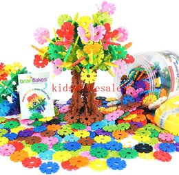 plastic alternatives NZ - VIAHART Brain Flakes 500 Piece Interlocking Plastic A Creative Alternative to Building Blocks for Children's Safety Toy for Boys and Girls