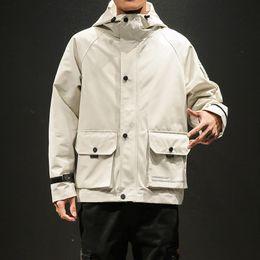 $enCountryForm.capitalKeyWord Australia - Hooded Spring Jacket Coat Men Arm Pocket Safari Style Windbreaker Man Beige Black Yellow Army Fashion Outerwear Oversize Jackets