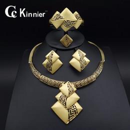 Rhinestone Jewelry Sets Designs Australia - New Fashion Bridal Jewelry Sets Dubai Gold-color Costume Big Jewelry Set Design Nigerian Wedding African Beads Jewelry Sets J 190513