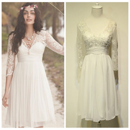 winter wedding dresses low back UK - Romantic White Chiffon Short Wedding Dresses with Sleeves V-Neck Lace Appliques Destination Wedding Dress Low V Back Cheap Wedding Gowns