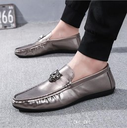 $enCountryForm.capitalKeyWord Australia - Best-selling new men 2019 casual beans shoes men lazy driving shoes flat and breathable men's shoes.