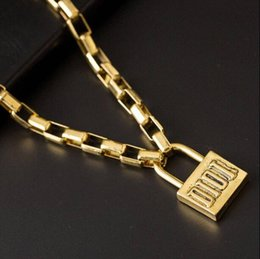 $enCountryForm.capitalKeyWord Australia - Hip Hop Style Lock Pendant Necklace with Stamp Letter D Chain Necklace with Hallmark Famous Necklace for Party Gift