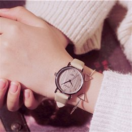 designer gifts for women Canada - Rose gold Leather PU Lady Designer Watches For Women Fashion Casual Hours Simple Alloy Lady Dress Wristwatches Christmas Gift