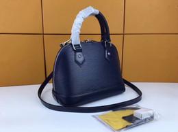 $enCountryForm.capitalKeyWord NZ - 2019 international large-brand leather corrugated small shell lady handbag, brilliant color, matte Design Leather lady bag 40301-24
