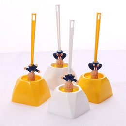 Wholesale Funny Donald Trump Toilet Brushes Sets With Plastic Holders Bathroom Brush Holders Practical Cleaning Products For Shower Room 6 8me E1
