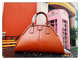 Discount ladies brown leather big bags - New European style classic Ladies leather shoulder bag big tote Shoulder handbag pure nice quality for female 39cm