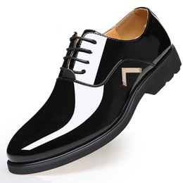 Sh Fashion UK - M-anxiu Men shoes Fashion Pointed Toe Bright Patent Leather Casual Business Dress Lace up Wedding Party Plus size Flat Sh
