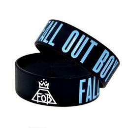 $enCountryForm.capitalKeyWord UK - Wholesale 100 Fall Out Boy rock band Black souvenir Silicone Rubber Wristband bracelet lover jewelry Christmas gift