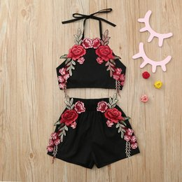 $enCountryForm.capitalKeyWord Australia - Infant Baby Girl Clothing Sleeveless Embroidery Floral Halter Boob Tube Tops+Shorts Outfits Set Kids Girls prairie Chic Clothes