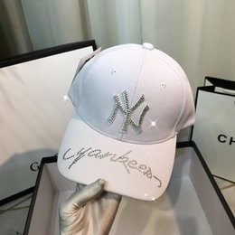 $enCountryForm.capitalKeyWord Australia - Designer hat summer neutral ball cap metal full diamond baseball cap shining fashion charm football caps