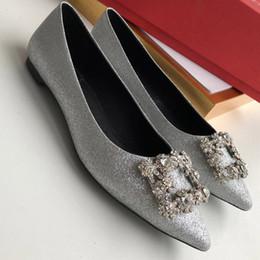 $enCountryForm.capitalKeyWord Australia - The Brand Designer Wedding Shoes Bride Women Ladies Girl Valentine Gift New Fashion Sexy Silk Dress Shoes High Heels Pumps women