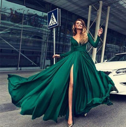 $enCountryForm.capitalKeyWord Australia - 2020 Deep Green V Neck Plus Size Long Sleeves A Line Prom Dress Side Split Formal Maxi Gown Women Party Wear Custom Made