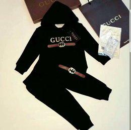 Clásico infantil de lujo con logo diseñador bebé camiseta pantalones chaqueta sudadera con capucha niños moda infantil traje deportivo de 2 piezas en venta