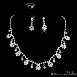 Plate Sets Australia - Cheap In Stock many style Free Shipping Wedding Jewelry Sets Silver Plated Necklace Earrings Sets Rhinestone Wedding Accessories sparkly