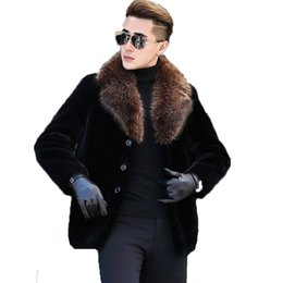 52f258689ab Men s Winter Jacket Real Sheep Shearling Fur Coat Men Clothes 2018 Raccoon  Fur Collar Warm Jackets Plus Size Veste Homme MY1708