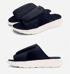 Knitted Canvas Shoes Australia - 2019 summer new knit canvas casual shoes black white stitching sandals beach shoes comfortable home slippers US6.5-10