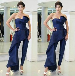 $enCountryForm.capitalKeyWord Australia - Fitted Navy Blue Jumpsuits Prom Dresses Strapless Sleeveless Overskirt Evening Gowns Custom Made Formal Party robes de soirée With Pantsuits