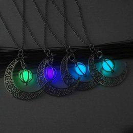 chain lanterns Australia - Glowing In The Dark Moon Pendant Necklace Women Pumpkin Lantern Charm Luminous Necklaces for Halloween Jewelry Gifts