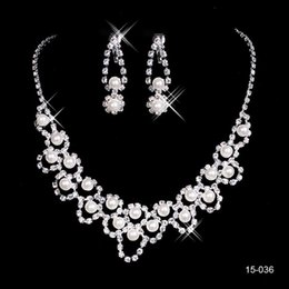 $enCountryForm.capitalKeyWord Australia - real vintage Design Elegant Silver Plated Pearl & Rhinestone Bridal Necklace & Earrings Jewelry Set Cheap Accessories for Prom party 15036