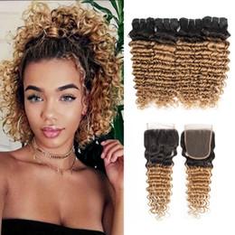 Estensioni dei capelli ricci capelli biondi miele online-Ombre Miele Biondo  Capelli onda profonda pacchi 030cffd2d837