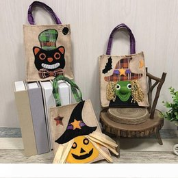 gift cloth tote bags wholesale Canada - A Christmas Halloween Decorations Non-woven Pumpkin Tote Bags Ghost Festival Mall Hotel Cookies Apple Gift Bags 19*16cm