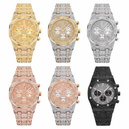 Wholesale New Model Fashion Mens Watch Diamond Design Relojes De Marca Mujer Men Dress Wristwatch Quartz Watch Rose gold