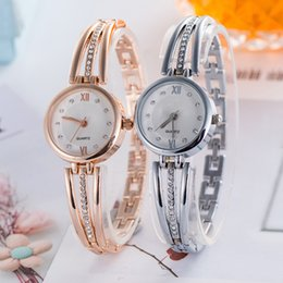 jewelry explosion Australia - Fashion hot style Explosion Models Female models alloy Rose Gold Bracelet Watch Luxury Diamond Women Quartz Watches
