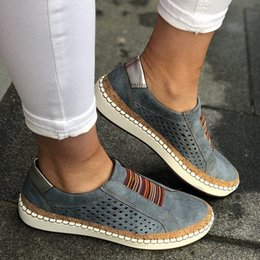 Comfortable Soft Women Shoes Australia - Leather Soft Loafers Shoes Women Slip-On Sneaker Casual Comfortable Lady Loafers Women's Flats Tenis Feminino Zapatos De Mujer