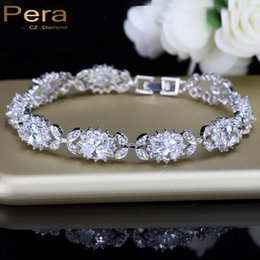 925 sterling big silver bracelets UK - Pera CZ Luxury Bridal 925 Sterling Silver Costume Jewelry Connected Clear White Big Flower Chain Bracelet For Wedding Gift B071