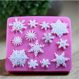 silicone christmas fondant mould Australia - New Snowflake Silicone Fondant Cake Mold Soap Chocolate Candy Mould DIY Decorating VF047