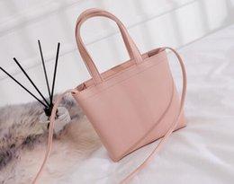 $enCountryForm.capitalKeyWord Australia - Free shipping female multi-color 2019 new Korean fashion hand bill of lading shoulder bag slung mobile phone bag
