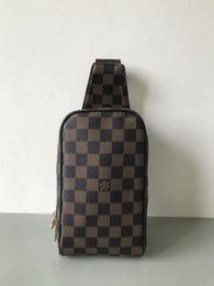 Wholesale 2019 New Fashion Shoulder Bags Chain Men's and Women's Classic Handbags PU High Quality Crossbody Bags Hot Sale 93b