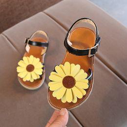 $enCountryForm.capitalKeyWord Australia - New Beach Shoes Summer Kids Girl Sandals Breathable Anti-Slip Flower Design Shoes Sandals Soft Soled Princess