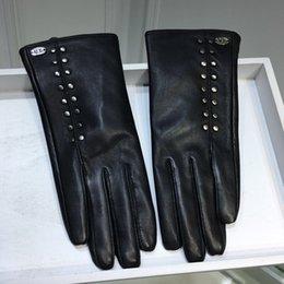 Leather Rivet Gloves Australia - Chr new sheepskin gloves, cool short driving gloves, rivet decorations, fashion trends
