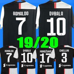 Nova 2019 # 7 RONALDO JUVENTUS camisa de futebol 18 19 JUVE casa terceiro Kit homens mulher # 10 DYBALA camisa de futebol MANDZUKIC top qualidade uniforme equipe 18 19 RONALDO JUVENTUS Soccer Jerseys