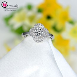 $enCountryForm.capitalKeyWord Australia - Women Large Cubic Zirconia Flower Wedding Rings For Women Silver Color Crystal Lady Elegant Engagement Luxury Ring Gift Jewelry