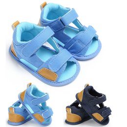 baby cribs girls 2020 - Unisex Soft Leather Baby Sandals With Non-slip Suede Soles For Boy and Girls Kid Soft Sole Crib Shoes discount baby crib
