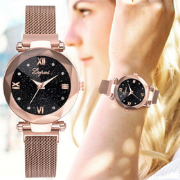 stylish girls glasses Australia - Fashion Starry Sky Women Watches Magnet Buckle Stylish Rose Gold Female Casual Quartz Wristwatch Unique Lady Girls Clock Gift