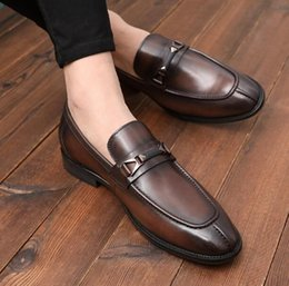 Office Career Shoes NZ - High-end fashion Men Office & Career Shoes Genuine Leather Dress shoes Breathable Cowskin British Celebrities Men Prom Party Oxford Shoes