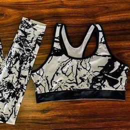 $enCountryForm.capitalKeyWord Australia - 2018 Hot Women Yoga Set Splice Running Set Sports Bra+Leggings Floral Printed Sports Suit Vintage Fitness Gym Clothing Tracksuit