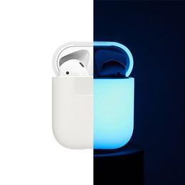 Großhandel Glowing in dark Silikonhülle für Apple AirPods Luminous Shockproof Protector Sleeve für AirPods Zubehör für Ohrhörerboxen