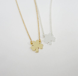 Wholesale 10 Lucky amulet Four Leaf Clover Necklace Lucky Clover Plant flower grass Necklaces Simple Shamrock Necklaces for Good Luck Birthday Gifts