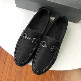 $enCountryForm.capitalKeyWord Australia - 2019 New Italian Top Leather Handmade Loafers Men Shoes Sneakers Designer Men Shoes Oxford Printed Men's Size 38-45 With Box