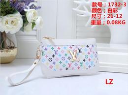 Shell backpackS online shopping - Factory new handbag cross pattern synthetic leather shell chain bag Shoulder Messenger Bag Fashionista B009