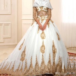$enCountryForm.capitalKeyWord Australia - Fashion Gold Appliuqes White Tulle Puffy Muslim Wedding Dress Ball Gowns Custom Made Long Sleeves Muslims Bridal Formal Gowns