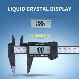 Vente en gros 150mm LCD numérique Caliper électronique numérique Vernier Caliper plastique Vernier Caliper avec micrométrique de jauge de batterie outil de mesure VT1688