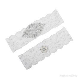 $enCountryForm.capitalKeyWord Australia - Plus Size Bridal Garters Crystals Pearls for Bride Lace Wedding Garters Belt Free Shipping White Cheap Wedding Leg Garters Real Picture